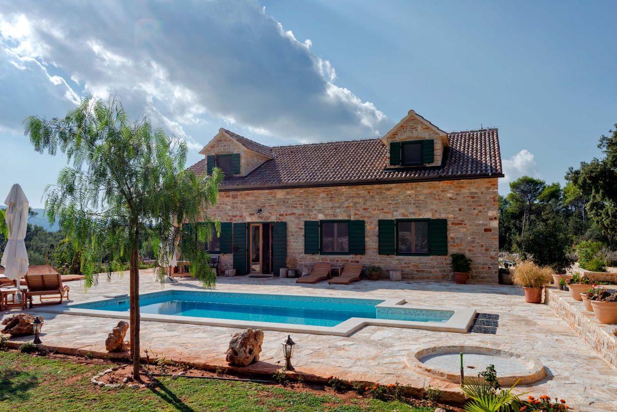 Country Villas in Croatia