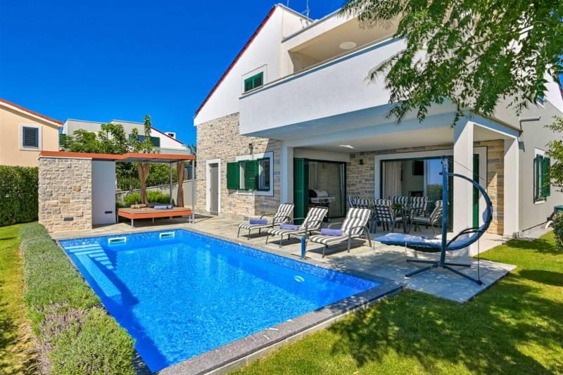 Luxury Villa Andromeda with Pool