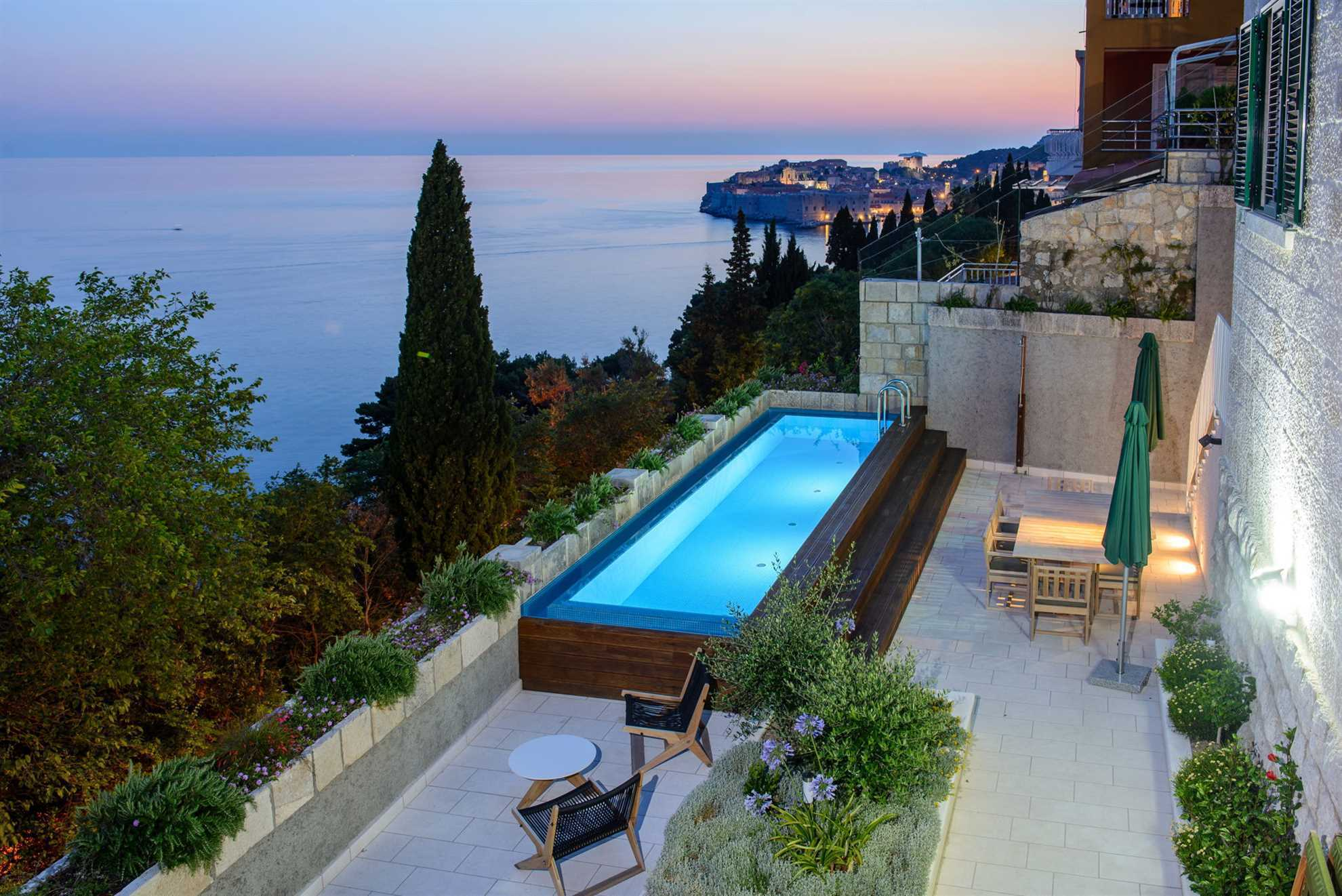 Luxury Residence Queen of Dubrovnik with Pool